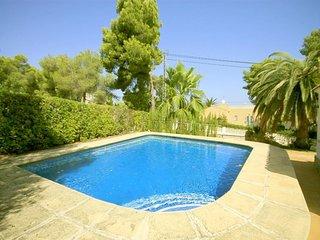 Spacious villa in Xàbia with Internet, Pool