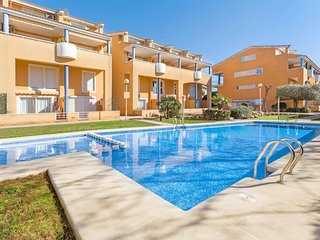 Spacious apartment a short walk away (307 m) from the 'Playa Segundo Montañar' i