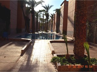 Spacious house very close to the centre of Marrakesh with Parking, Internet, Was