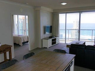 2343 Chevron Renaissance 2 Bedroom Holiday Apartment in Surfers Paradise