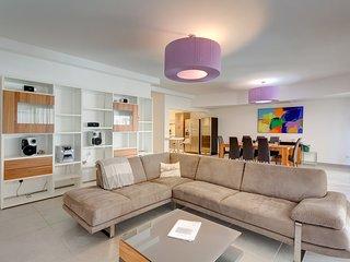 Seaview Lux Apartment In Fort Cambridge, Sliema