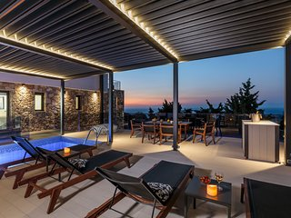 Horizon Villa (Luxurious villa with breathtaking sunsets in Rhodes town)