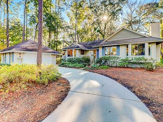Bright & Airy Recently Renovated Sea Pines Getaway - Close to Bike Paths