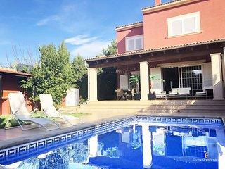 Casa Lola: Beautiful Sea House in Majorquin Paradise