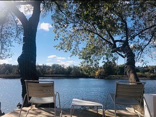 Waterfront Home in the city [Ottawa Rideau River]