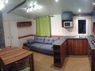 Superbe mobil home renove 3 chambres 39m2 6/8 personnes