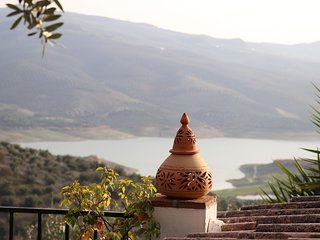 Casa de Ladera Private (4) Bedroom 5 Star Holiday Villa with Fantastic Lake View