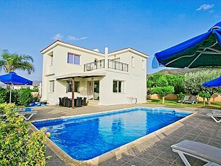 Stunning villa located just in front to the sandy beach