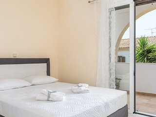 Joseph deluxe apartment near Corfu town