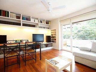 Sokoa, maravilloso apartamento en zona tranquila, muy cerca del centro y playa.