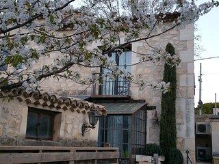 MAS DU FORGERON, Agréable Loft de 60m2, Mas Provençal rénové du 18-19ème siècle