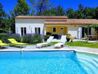 Villa avec piscine proche mer en campagne terrain paysagé de 6000 m²