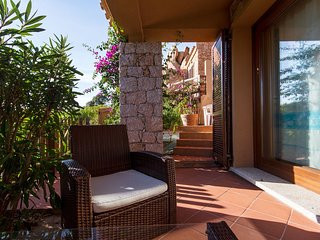 Spacious house in the center of Costa Paradiso with Parking, Washing machine, Ba