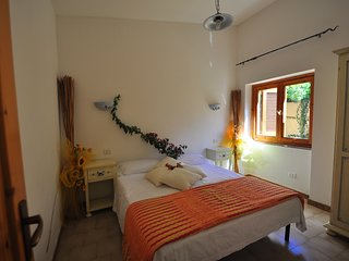 Spacious apartment in the center of Costa Paradiso with Parking, Washing machine