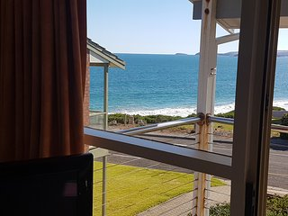 Port Elliot Meridian Beach House owned by Encounter Holiday Rentals