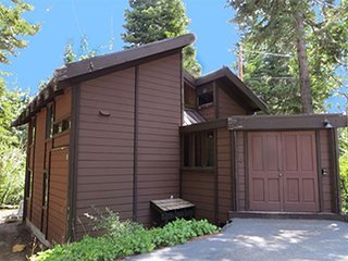 Club Tahoe - 3 bedroom, 2 bath cabin, quiet location
