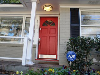 Buckhead Home, Business Ready, Excellent Location