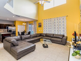 ✧Bring Your Vacation Fantasies to This Lovely Home w/ Its Popular Location✧