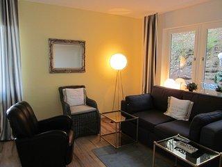 Haus am Wald - ruhige, gepflegte Wohnung nahe Universitat und Klinikum Sulzbach