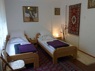 Ahmagic guesthouse - a room with private bathroom and parking place