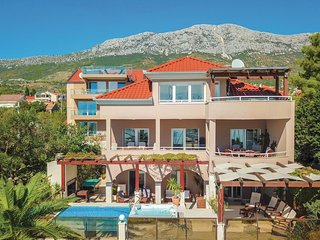 8 bedroom Villa in Kaštel Gomilica, Croatia - 5563356
