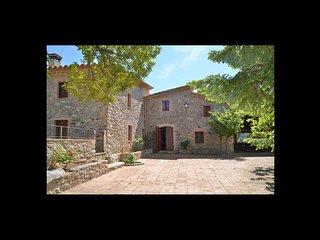 6 bedroom Villa in Ginestar, Catalonia, Spain - 5623079
