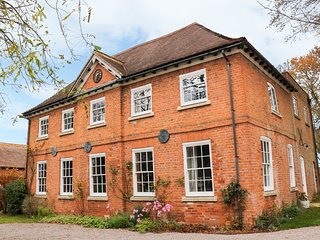 The Coach House, 2 bedrooms, Woodburner, En-suites, Hereford