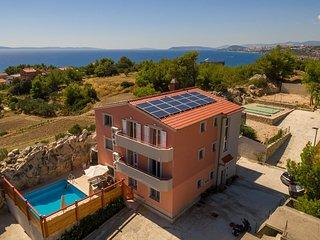 Villa Ajduk - Nine-Bedroom Villa