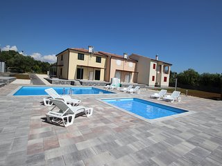 Jana residence - modern holiday resort with swimmingpool