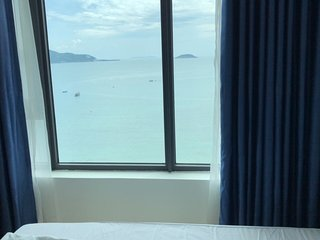 Ocean View Beautifu Nha Trang Beach Apartment
