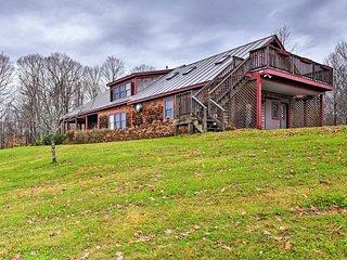 NEW! Modern Farmhouse Apt. in Randolph w/Mtn Views