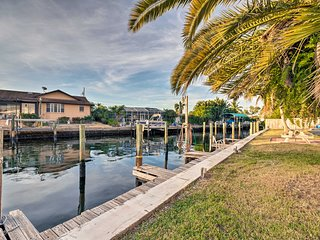 NEW-Bradenton Condo w/Pool Access - Steps from Bay