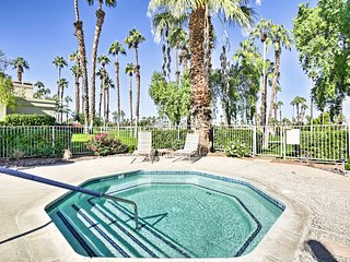 Palm Desert Country Club Condo-Golfers Haven!