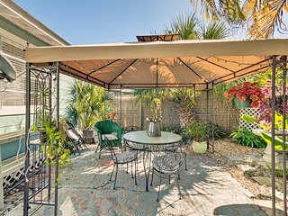 NEW! Bradenton Beach Cottage - 1.5 Blocks to Ocean