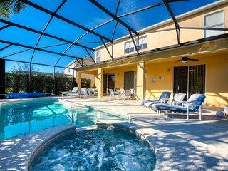 Emerald Island Resort's 7 bed villa - Disney Magic