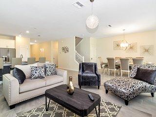 Luxury 9 Bedroom home (1508 MC)