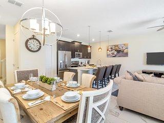 Luxury 4 Bedroom home (9001 SD)