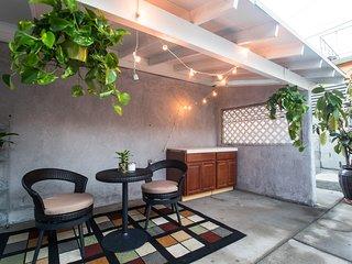 La Dolce Vita at Hollywood- Beautiful House+Patio