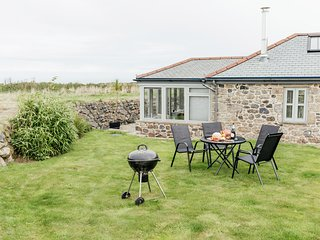 Character Cottage Near St Ives and Coast Path | Sea Views and Log Burner
