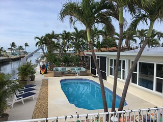 Waterfront Single Family Pool Home:60' Dock: Direct Ocean Access:Kayaks:Private