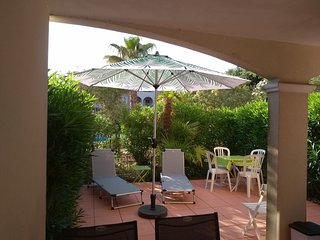 Cozy apartment in the center of La Croix-Valmer with Parking, Washing machine, P
