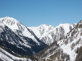 Ski Holiday Apartment,  Isola 2000 France