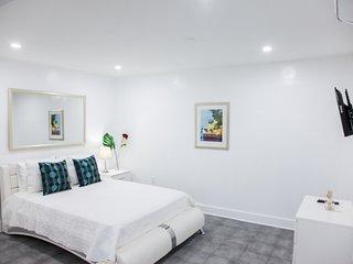 Miami Designer Apartment Unit 3
