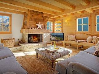 Elegant La Clusaz ski chalet for 10 - great views, terraces - SnowLodge