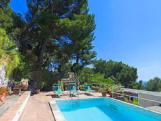 Villa Apollo with Swimming Pool, Sea View, Terrace and Garden