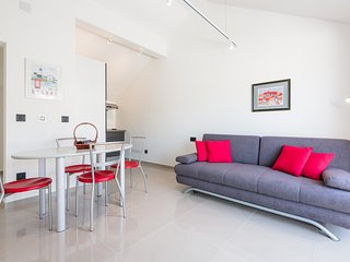 Apartment Marando - One Bedroom Apartment with Balcony and City View