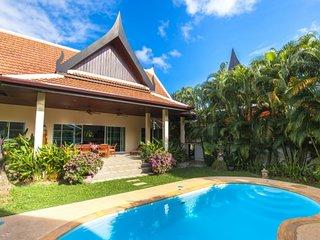 MOTAPLAN-comfortable 2BR pool villa