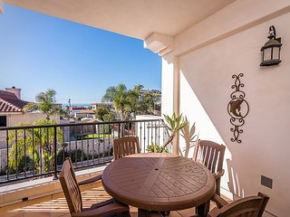 Upscale 3BR Villa w/ Gourmet Kitchen & Large Balcony