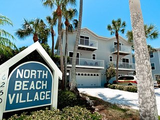 North Beach Village - Spacious 3/2.5 town home with community heated pool