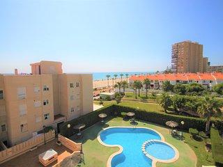Apartamento en 1a linea playa Muchavista en Urb. Veracruz